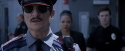 Офицер Доун / Officer Downe (2016)